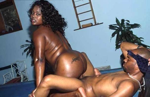 Порно с толстой негритянкой