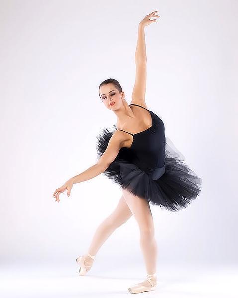 Блядская балерина лучше всего прыгает на хую