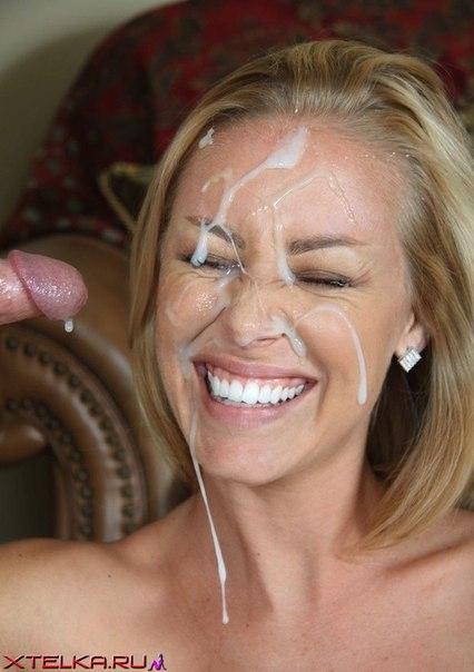 Подборка снимков цыпочек со спермой на лице