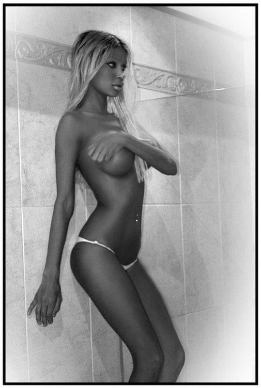 Подборка снимков голых красавиц с большими титьками