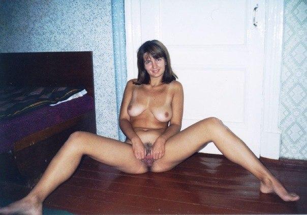 Любительская подборка секса и позирования голышом от девушек разного возраста
