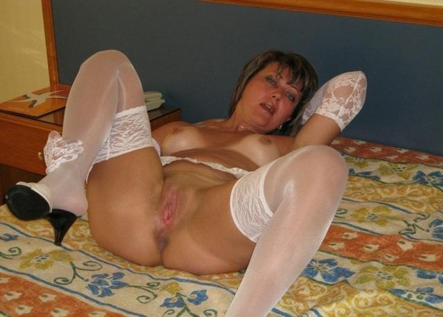 Домашняя подборка эро снимков грудастых дамочек