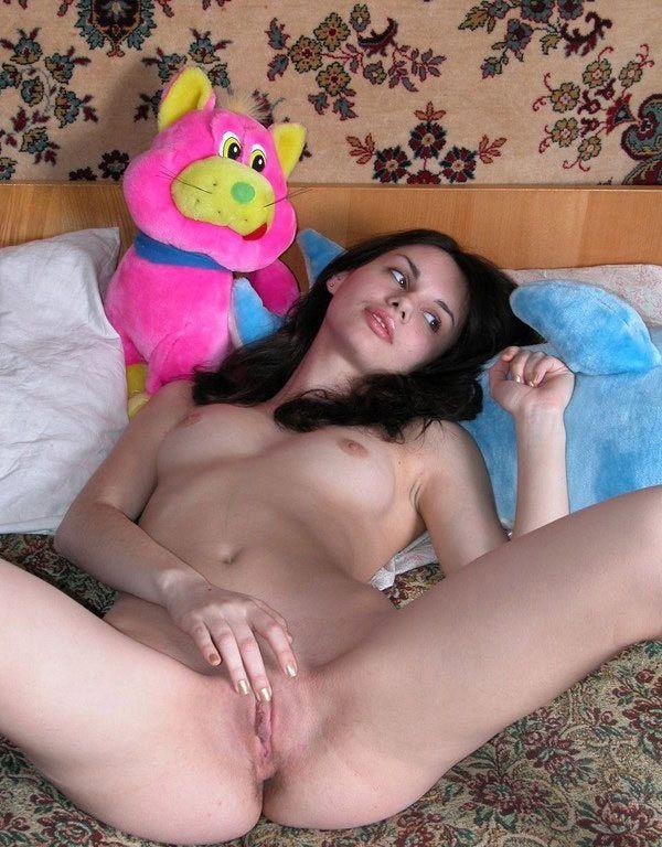Сексуально зависимые мамочки демонстрируют большие сиськи
