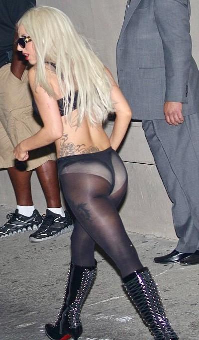 Голая Леди Гага и другие эротичные фото с ней